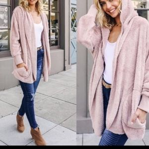 Jackets & Blazers - Pink hooded Sherpa fleece hooded jacket